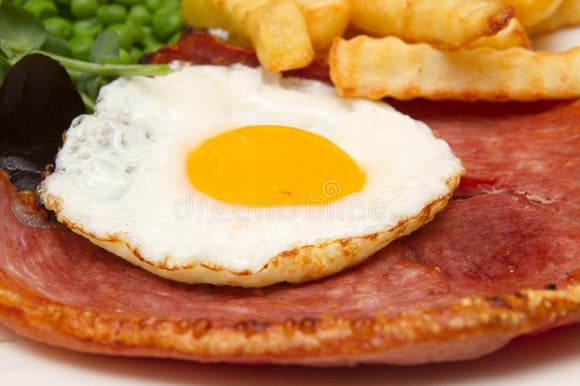 Horseshoe gammon steak with pineapple & fried egg