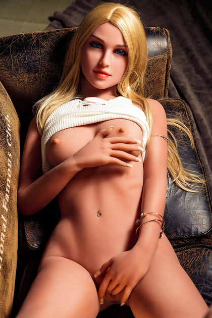 Alice - A Sex Doll That Will Leave You Wanting More