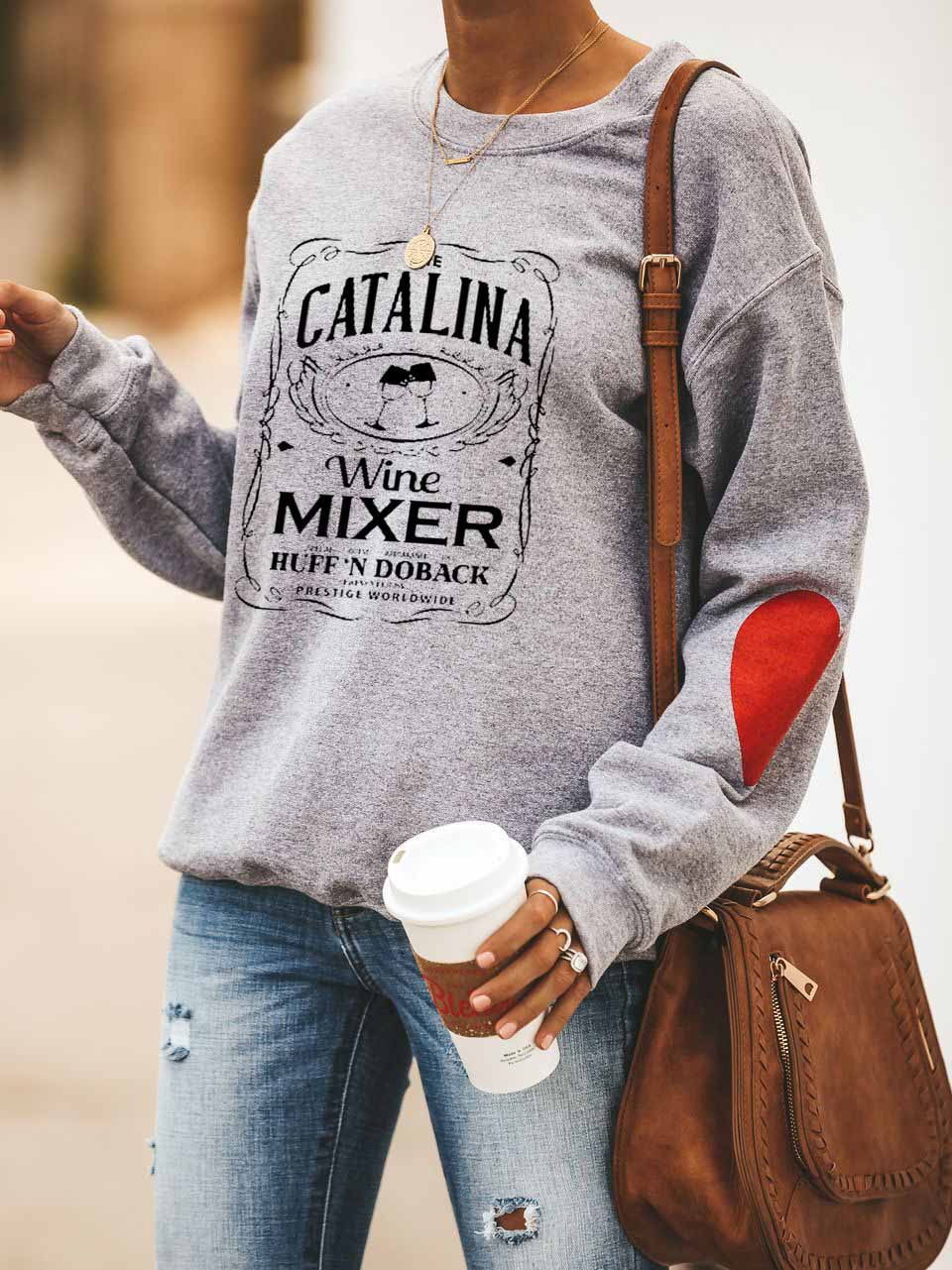 Ladies The Catalina Wine Mixer Special Guest Appearance By Huff'N Doback Presented By Prestige Worldwide Letter Printed Peach Heart Sweatshirt