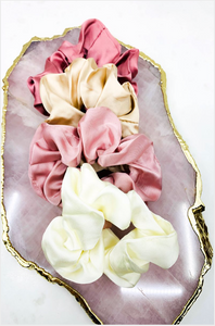Elyse Scrunchies - Multi Pink/White Colors
