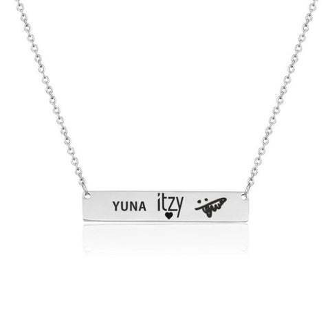 Itzy Autographed Necklace (FREE)