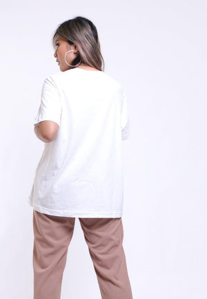 T-SHIRT HALF NECK BASIC WITH CUT DETAIL