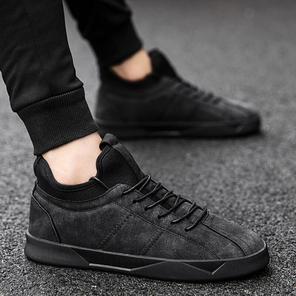 NEW Brand High quality all Black Men's leather casual shoes Fashion Breathable Sneakers fashion flats big plus size 44  F5-32