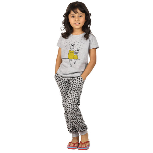 Heart Print Knitted Nightwear Set For Mom & Daughter
