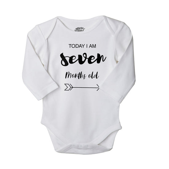 7-9 Months, Set Of 3 Assorted Bodysuits For Baby.