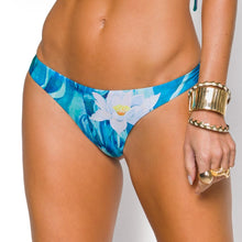 Load image into Gallery viewer, AMAZONIA BIKINI PANT  兩面比基尼下身 BQ 9702 CL