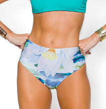 Load image into Gallery viewer, AMAZONIA BIKINI PANT DOUBLE-SIDED 兩面比基尼下身 BQ 9705 CL