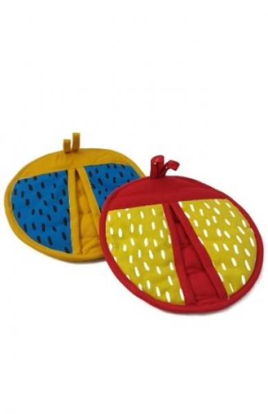 Round Ladybug Shaped Pot Holder