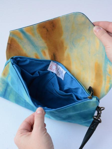 Ocean Waves Tie Dye Clutch - Inside