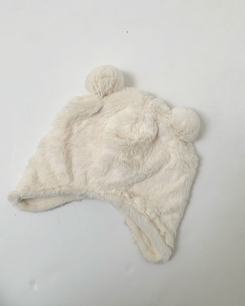 I.ndigo WHITE baby bear hat 0-6m