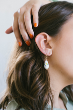 Load image into Gallery viewer, Nissa Earrings