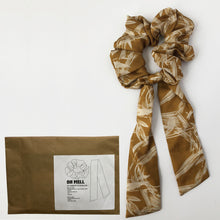 Load image into Gallery viewer, DIY Silk Print Scrunchie with Tie Kit