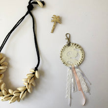 Load image into Gallery viewer, Dreamcatcher Keyring