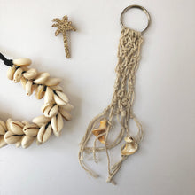 Load image into Gallery viewer, Macrame Keyring