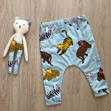 Load image into Gallery viewer, Me and Mini - Matching Teddy and Pant Set Cats Print
