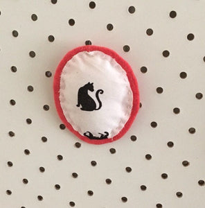 DIY Fabric Brooch
