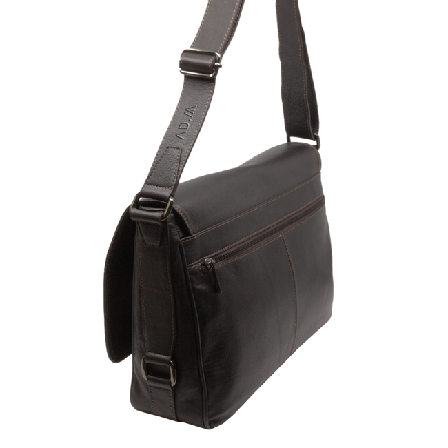 THE SHOULDER BAG BROWN