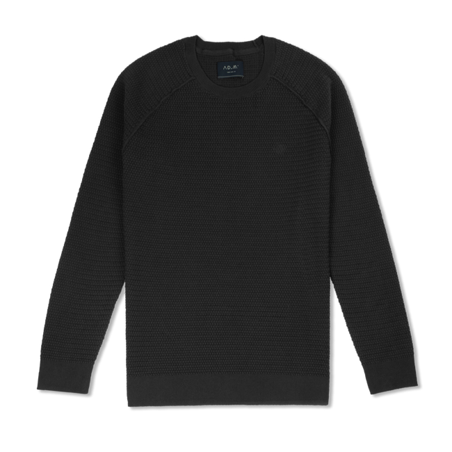 THE JUMPER BLACK