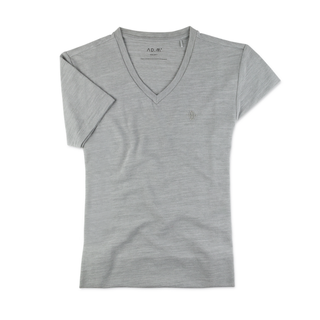 The V-Shirt in grau von AD.M the-polo