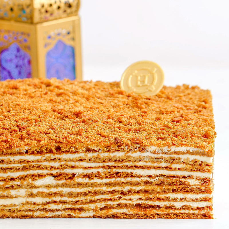 HORATII Honey Cake