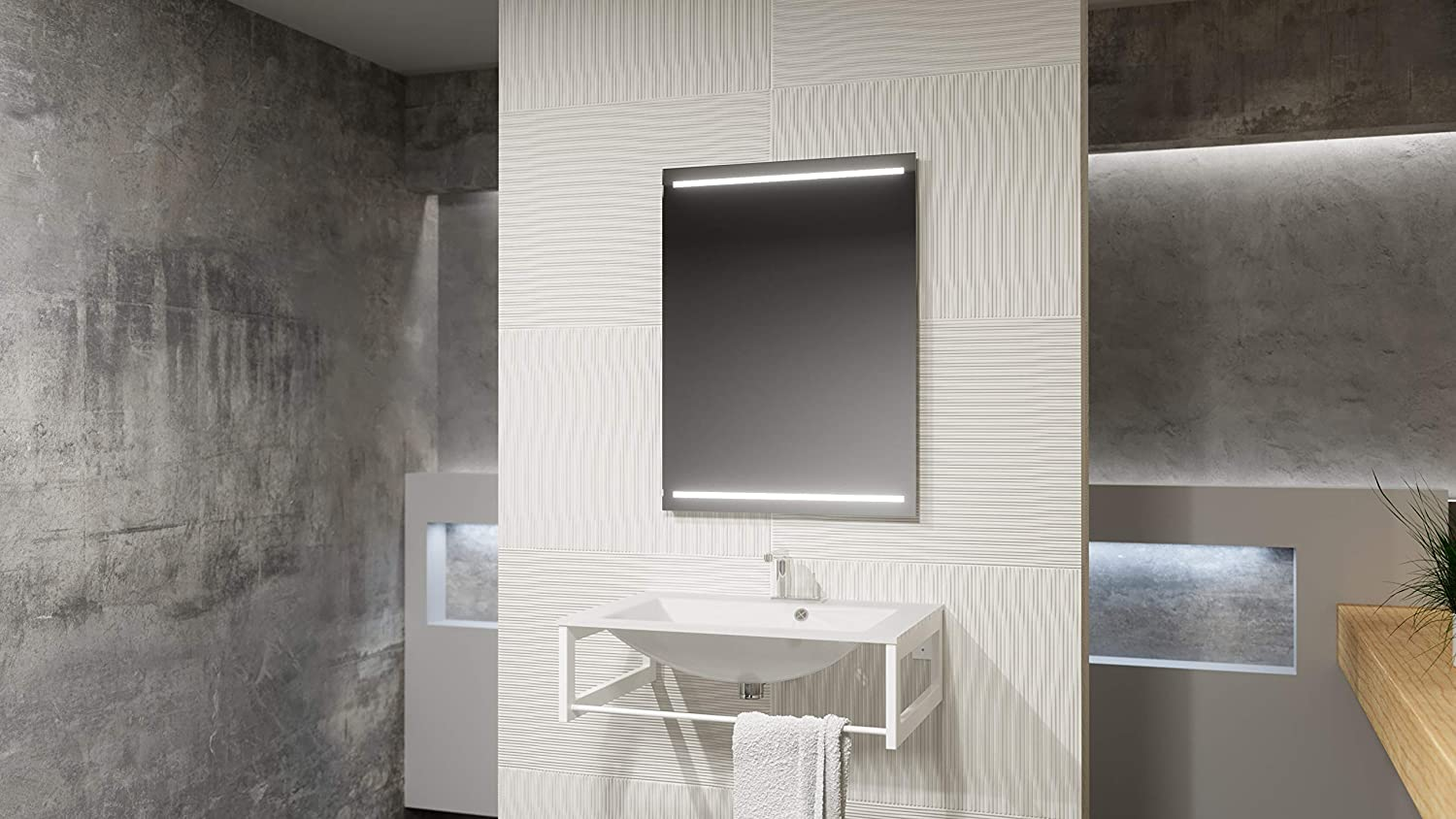 Speculo A1004 1200 x 800 mm Rectangular Illuminated Mirror, with Demister Pad.