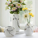 Hand-Plated White Vase with Silver Touch