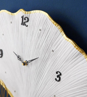 Ginkgo Leaves Clock