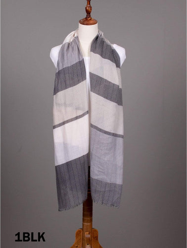 U at Home Linear Design Striped Scarf