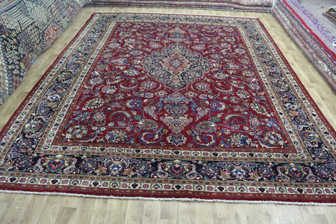 SIGNED PERSIAN MASHAD CARPET, SUPERB DESIGN 435 x 337 CM