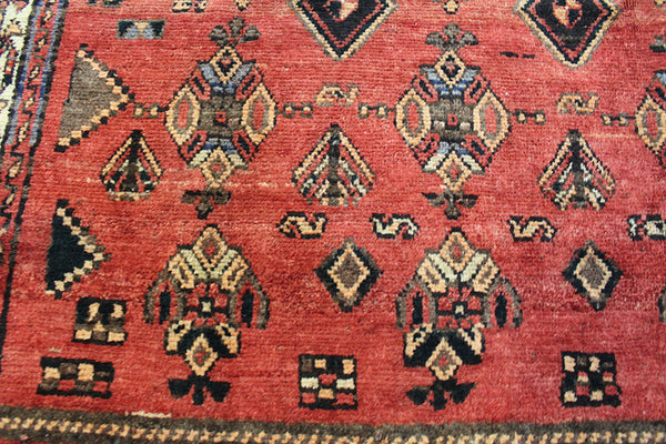 Old Persian Shiraz rug 270 x 150 cm