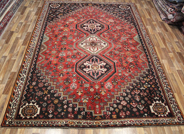 Antique Persian Qashqai rug 315 x 220 cm