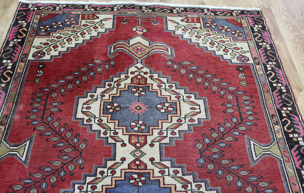Antique Persian rug from The Greater Hamedan region 200 x 130 cm