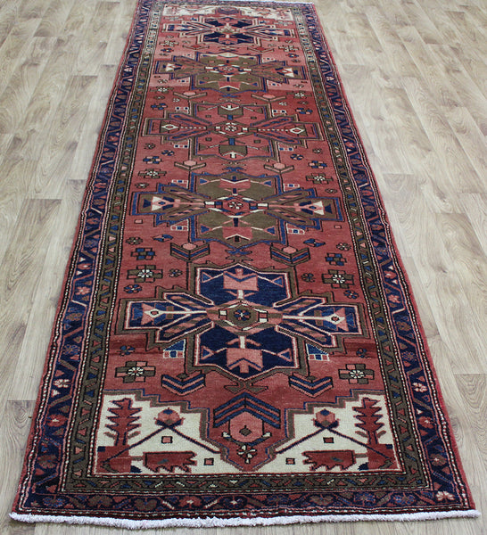 OLD NORTH WEST PERSIAN HERIZ RUNNER, VERY HARD WEARING 330 X 100 CM