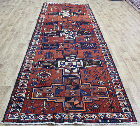 An Outstanding Handmade Persian Shiraz Wool Runner 392 x 128 cm