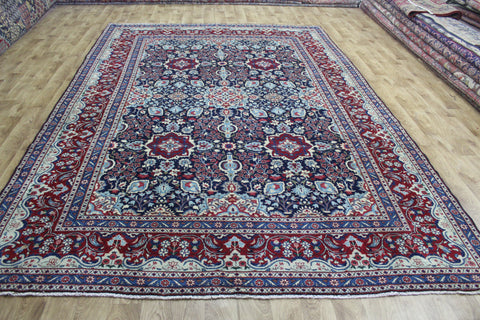 FINE PERSIAN YAZD CARPET, WITH VERY FINE FLORAL DESIGN 365 X 247 CM