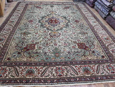 Old Handmade Persian Tabriz Carpet 415 x 295 cm