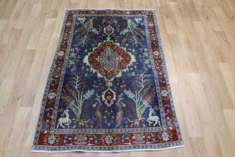 Vintage Persian Tabriz rug with Garden design 147 x 97 cm