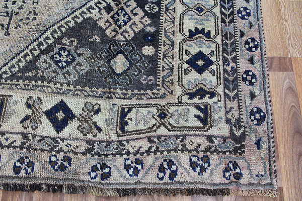 Old Handmade Persian Shiraz Wool Rug 250 x 162 cm