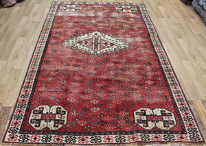Old Handmade Persian Shiraz Rug 250 x 155 cm