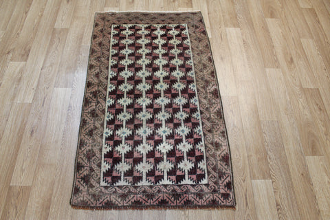 Antique Persian Baluch rug 125 x 72 cm