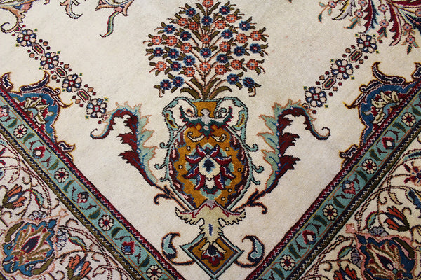 OLD PERSIAN TABRIZ CARPET 400 x 305 CM