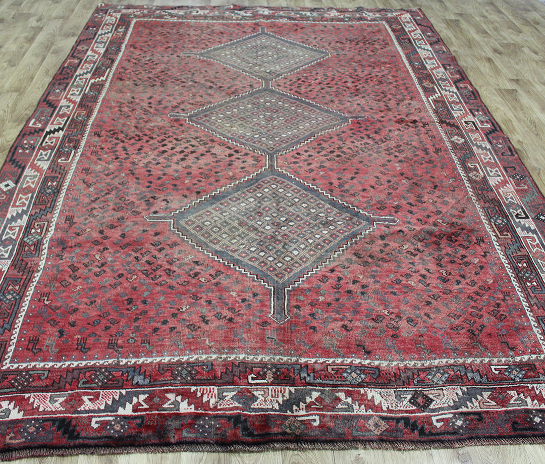 Antique Persian Shiraz Qashqai rug 315 x 220 cm