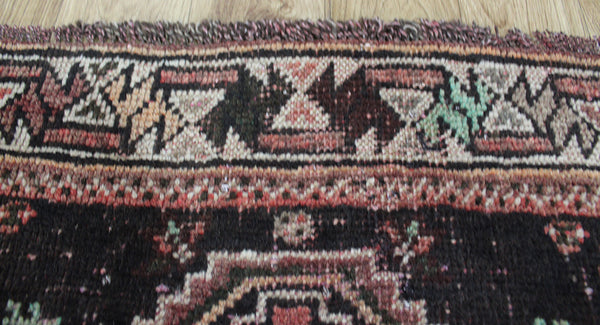 Old Handmade Persian Shiraz rug 160 x 110 cm