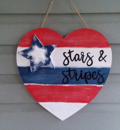 Patriotic heart hanger-LauraLouCrafted