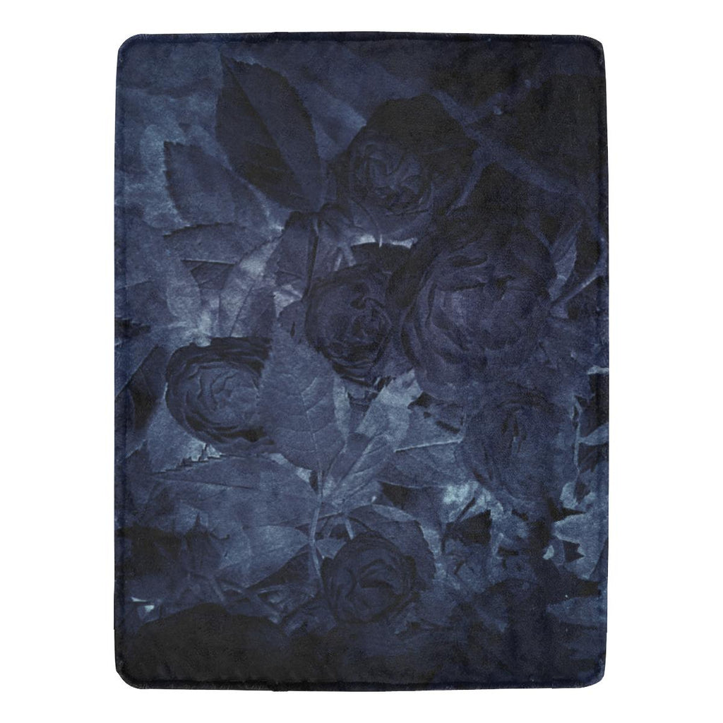 Castlefield Design Midnight Roses Throw Blanket