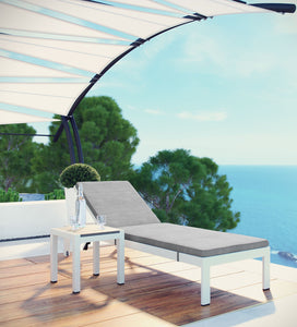 Dreamline Outdoor Furniture Poolside Lounger With Cushion (White)  With Side Table