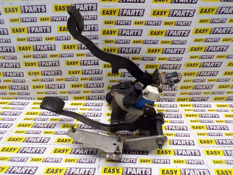 FORD FIESTA  1.6 CLUTCH AND BRAKE ASSEMBLY P/N 2S61-2450-BS