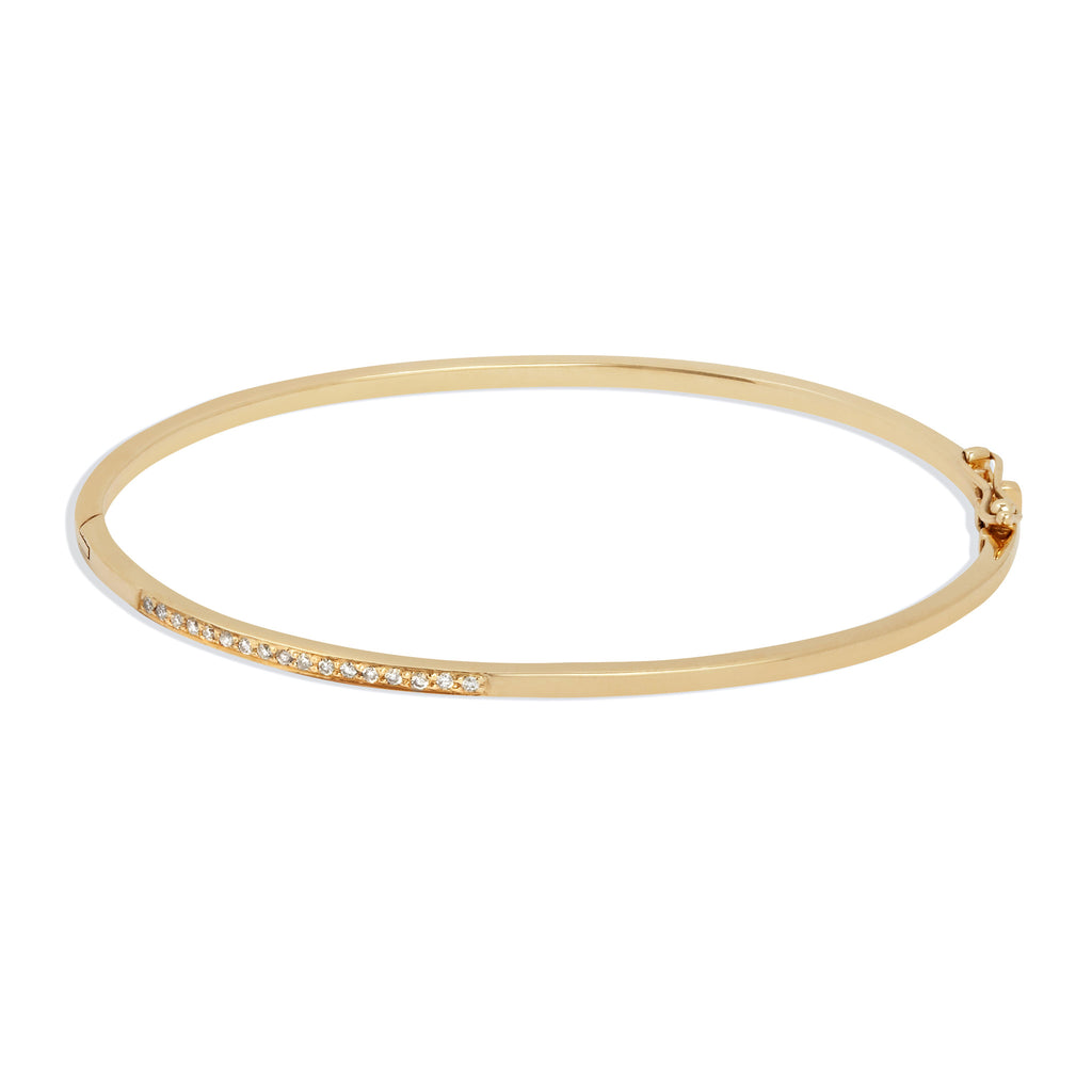 Hinged Bracelet in Yellow Gold with White Diamonds