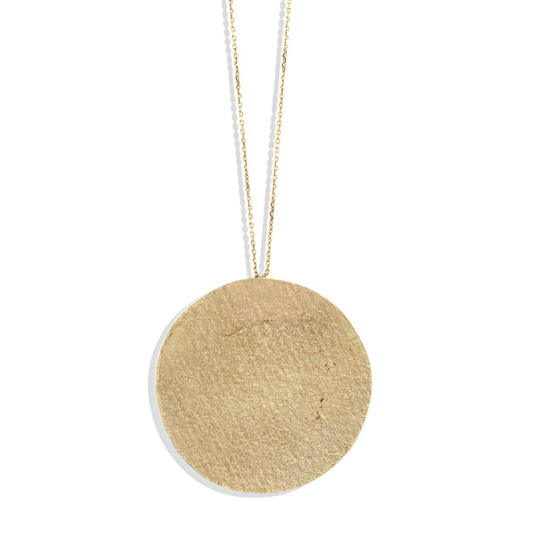 Paper Medallion in Yellow Gold