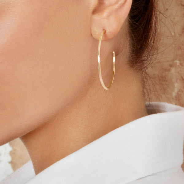 Hoop Earrings in Yellow Gold with White Diamonds